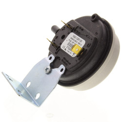 "10C213 1"" Pressure Switch for HE / VHE Boilers"